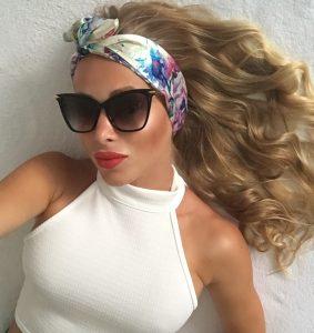 Luxusná saténová šatka do vlasov SNOWY ROSES by Sissque