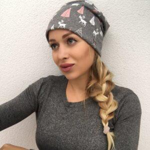 Sivá imidžová čiapka so zimným motívom by Sissque