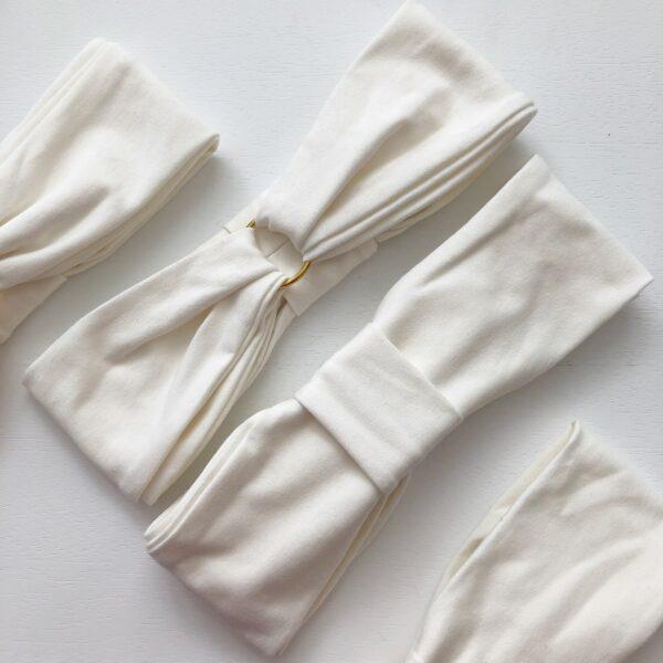 Smotanovo biela elastická úpletová čelenka GOLDEN CIRCLE CREAMY WHITE s dvoma možnosťami nosenia by Sissque